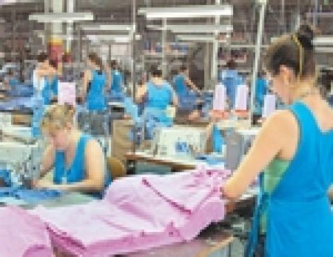 Trabalhadores da indústria têxtil ganham reajuste de 7% em Joinville