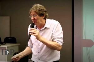 Em ataque à legislação trabalhista, CNI defende prevalência de negociação coletiva
