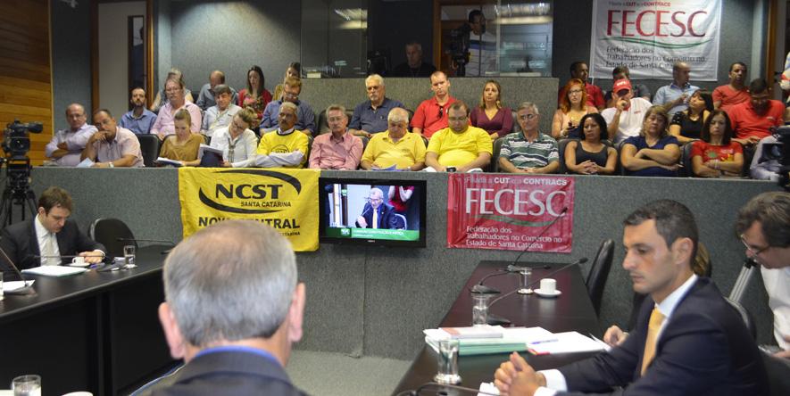 Comissão de Constituição e Justiça da ALESC aprova reajuste do Piso Estadual