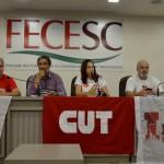 Reunião sobre greve geral lota auditório da FECESC