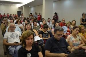 reuniao-sobre-a-greve-geral-no-auditorio-da-fecesc-05