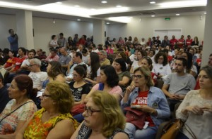 reuniao-sobre-a-greve-geral-no-auditorio-da-fecesc-08