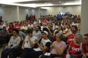 reuniao-sobre-a-greve-geral-no-auditorio-da-fecesc-09