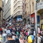 Vendas no comércio caem 0,8% em todo o país, diz o IBGE