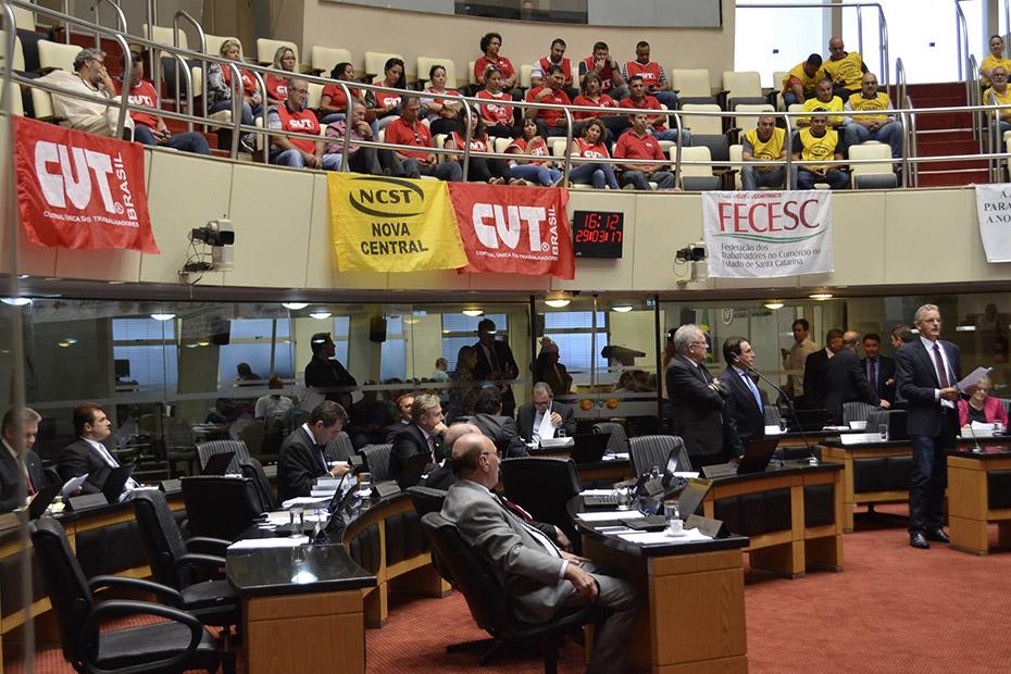 Plenário da ALESC sessão 29 de março de 2017