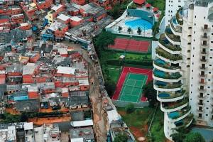 favela-Paraisopolis-e-Morumbi-reproducao
