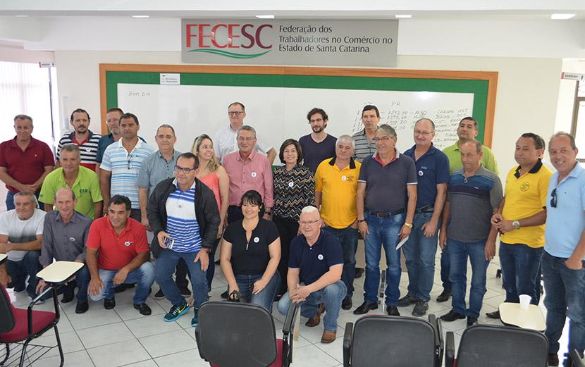 Trabalhadores propõem Piso Salarial com valores equiparados ao Paraná