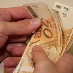 Nova política de valorização do salário mínimo depende do governo