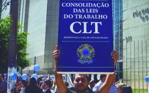 """Presidente afirmou que há, no Brasil, um """"excesso de proteção ao trabalhador"""" / Foto: Rovena Rosa/Agência Brasil"""