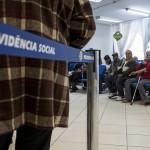 PEC de Bolsonaro mira brasileiros que recebem em média R$ 1,8 mil de aposentadoria