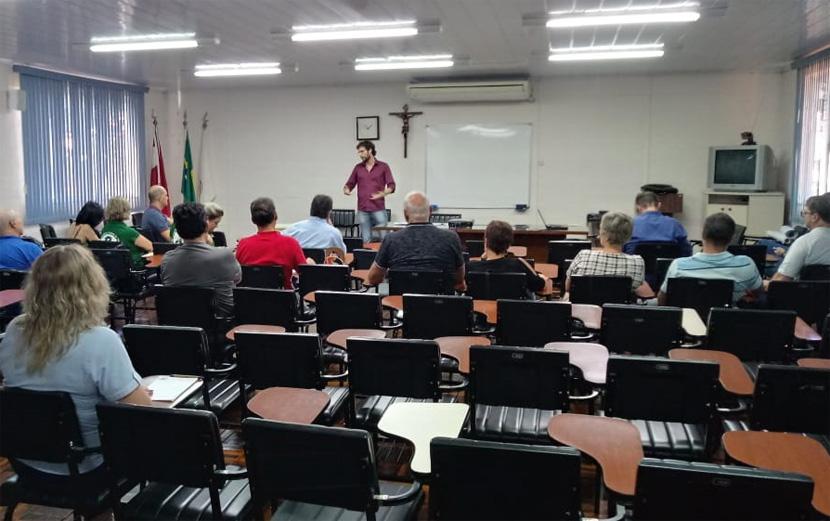 Coletivo Sindical de Joaçaba realiza debate sobre Previdência Social
