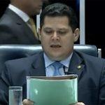 Senado corrige MP 881 e restringe trabalho aos domingos