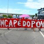 Trabalhadores da empresa de limpeza de Florianópolis mantêm greve