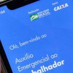 Bolsonaro reduz em 50% valor do auxílio emergencial que vai até dezembro