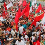 Movimentos Sociais, sindicais e partidos juntos nas ruas de Florianópolis contra o golpe