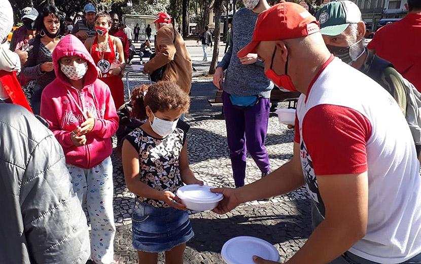 O movimento sindical catarinense não aceita o rebaixamento de salários e direitos